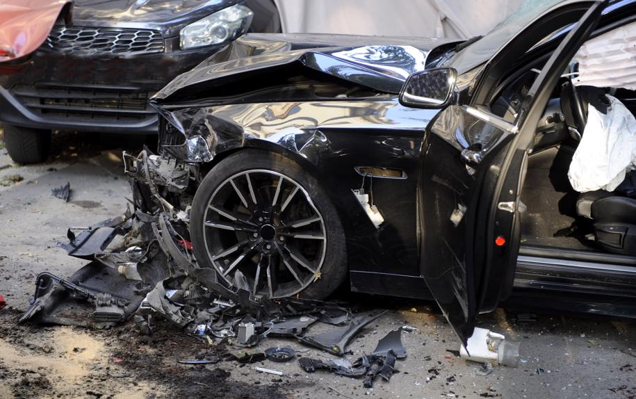 car-accident-915x574